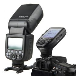 [80122] Godox Bundle | Godox V860-II TTL Li-Ion Speedlight Kit + Godox Xpro 2.4GHz Flash Trigger